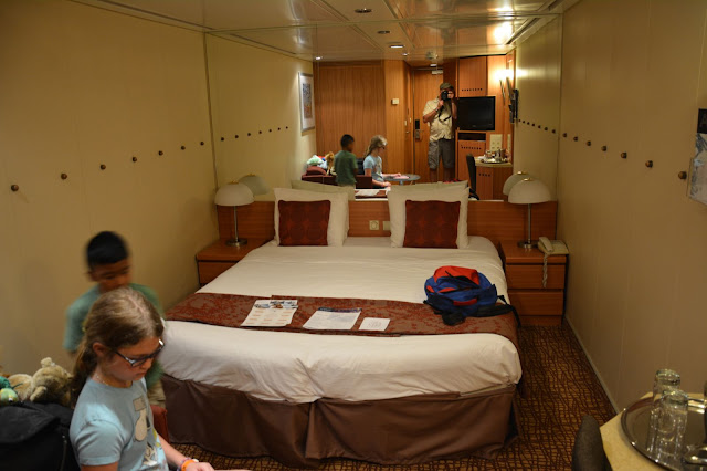 Pictures of Cabin 9067 on Celebrity Summit