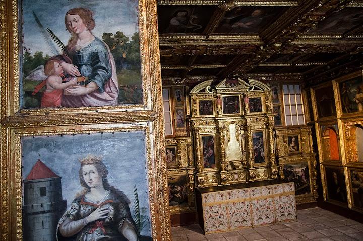 Os santos da capela do Museu de Lamego estão a sair dos seus nichos