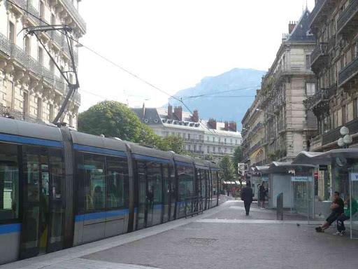 Grenoble : finalement ça valait le coup de sortir de la gare !