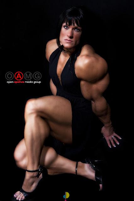 Natalie Rae Ariel female muscle morph