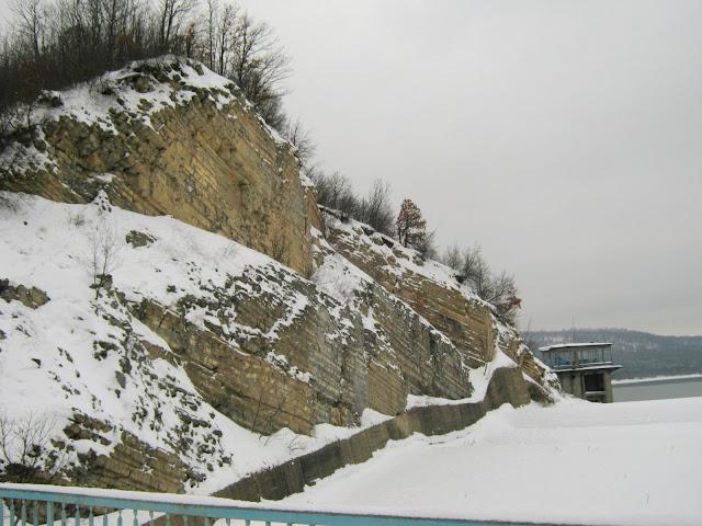087-1.jpg