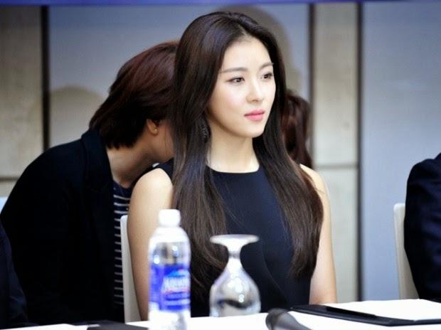 Ha Ji Won đọ sắc với Mai Phương Thúy