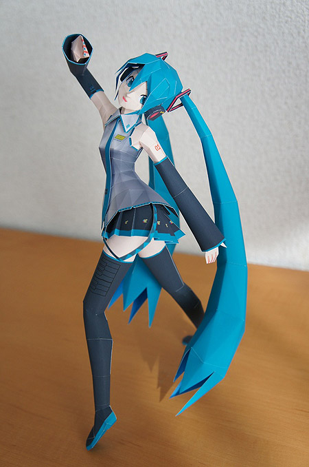 Vocaloid Hatsune Miku Paper Model