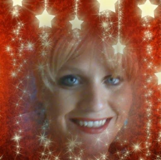 Kristie Roberts Photo 11