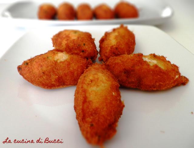 Pastéis de bacalhau (crocchette di baccalà)