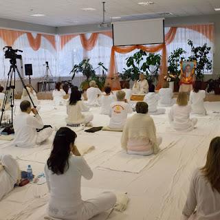 """Выездной семинар по йоге с Мастером Сурья Кантом Джи (с-н """"Березки"""")"""
