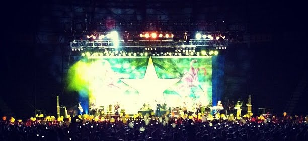 "[Ringo Starr em Porto Alegre] ""What's my name?"""