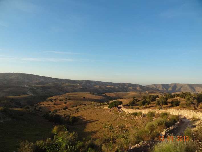 Marrocos e Mauritãnia a Queimar Pneu e Gasolina - Página 2 DSC05533