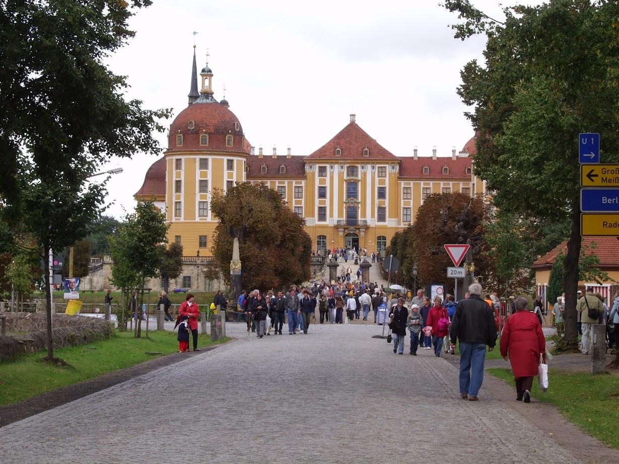 Jagdschloss Moritzburg bei der Hengstparade