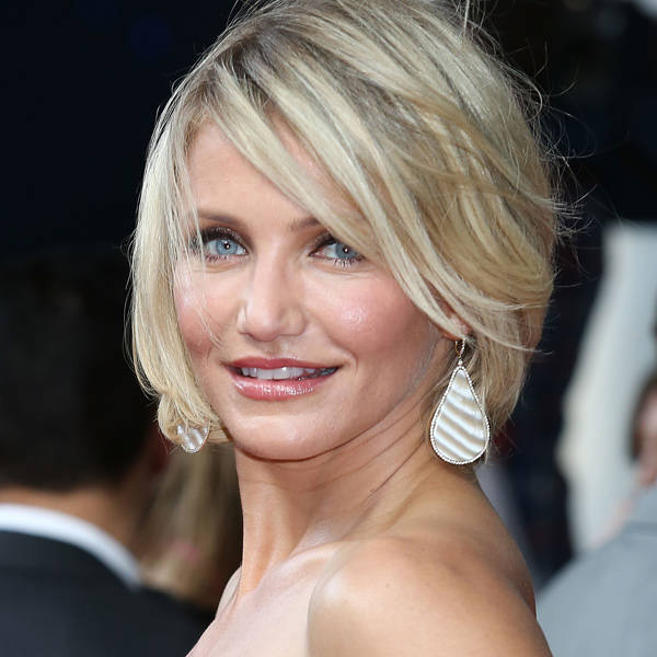 The 39-year-old actress Cameron Diaz is single and worth millions. In 2010, she was ranked 60 in the list of the wealthiest 100 celebrities in United States.