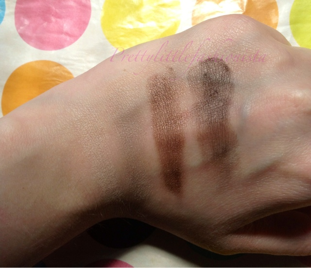 Colorstay 12 hour eyeshadow in Coffee Bean Swatch