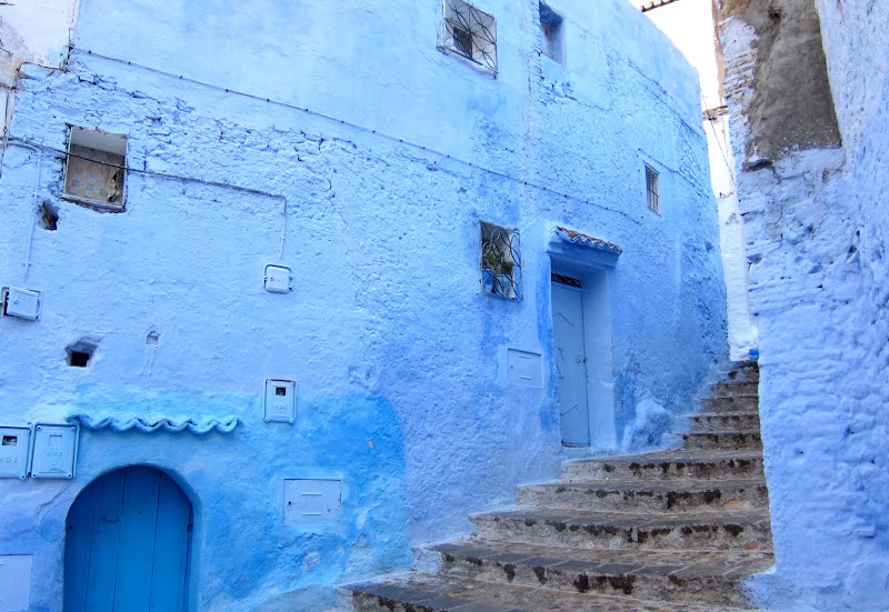 Chefchaouen medina in blue