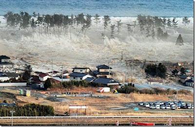 Bencana, Bencana Alam, Tsunami, Tsunami Jepun, Kesan Bencana Alam, Kiamat, Tanda-tanda Kiamat, Kiamat Kecil, Kiamat Besar