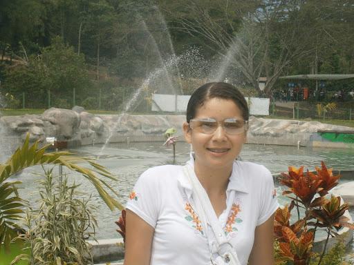 Luz Alvarez Photo 35