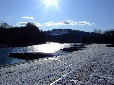 Sunny fishing day in Poland - Dunajec river