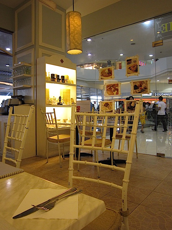 La Creperie at The Veranda of Robinsons Galleria
