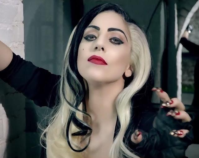 Lady Gaga Black and Blond Hair