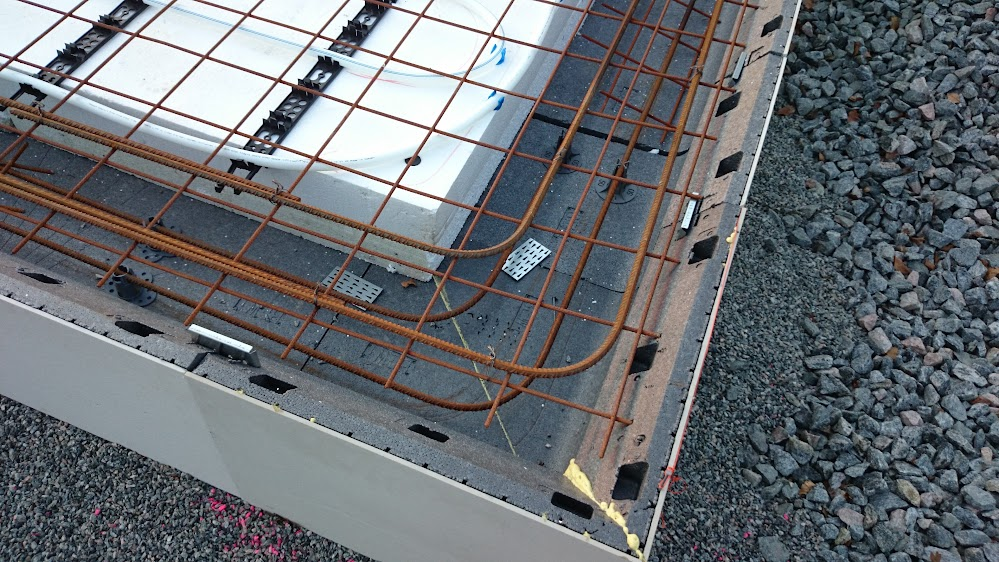 hur armerar man betongplatta