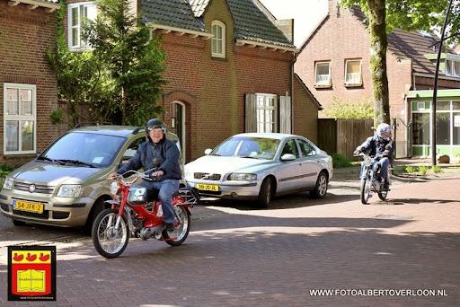 oldtimer bromfietsclub De Vlotter overloon 02-06-2013 (28).JPG