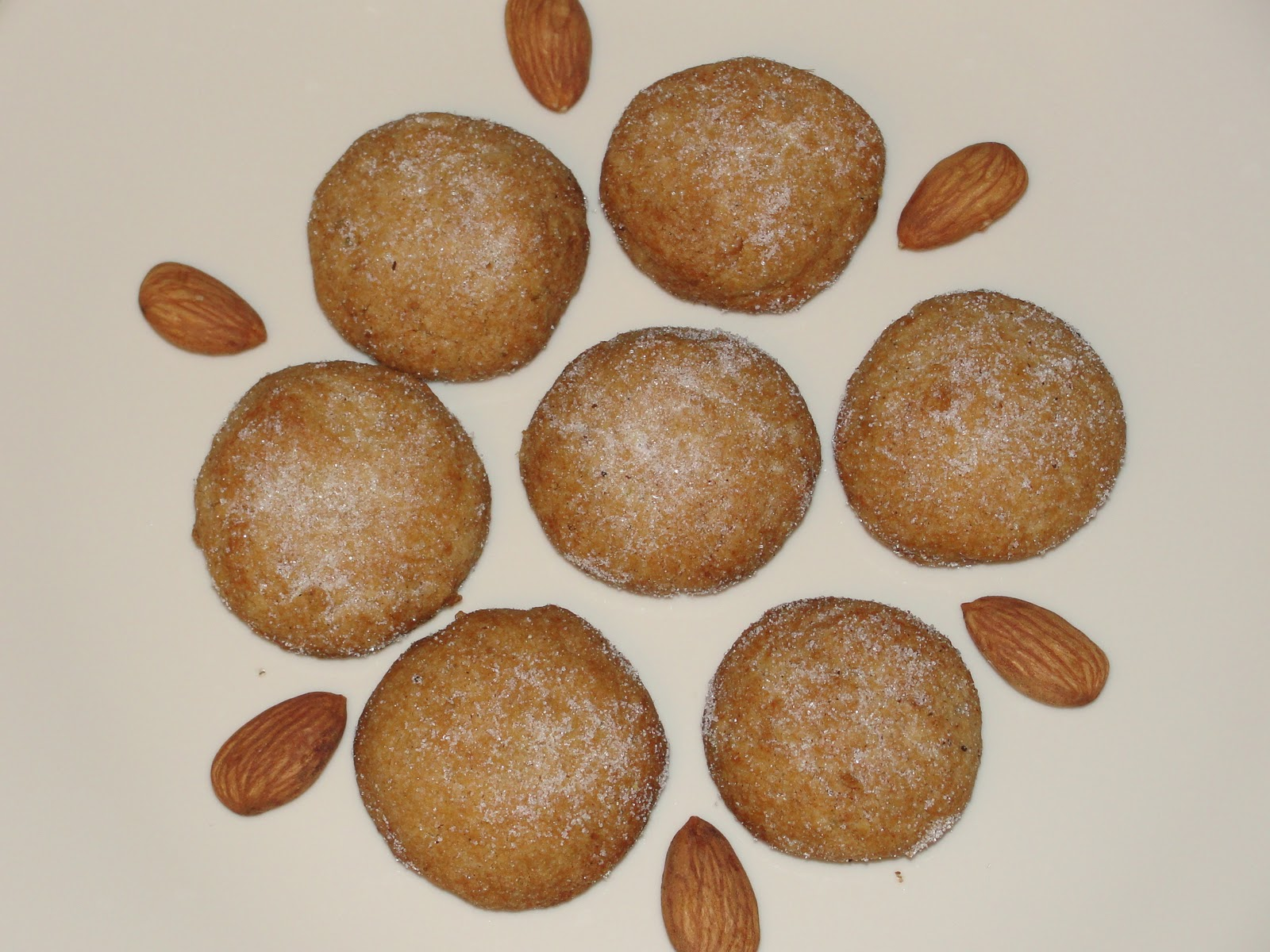 Sugar'N Spice: Whole Wheat Almond Cookies