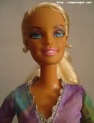 Diseños OOAK DIY by Taque-Taque para Barbie Fashionista: detalle de la carita y del busto