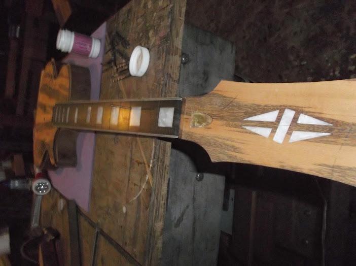 Construção inspirada Les Paul Custom, meu 1º projeto com braço colado (finalizado e com áudio) - Página 3 DSCF1312