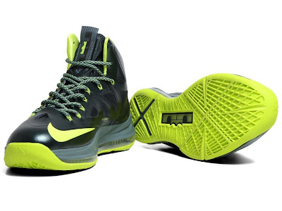 nike lebron 10 gr atomic dunkman 7 10 Detailed Look at Upcoming Nike LeBron X Atomic Dunkman
