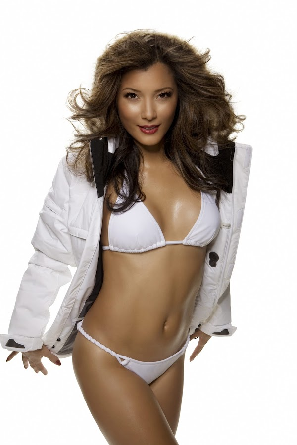 Kelly Hu Photoshoot(celebrities-2photos)2