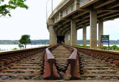 Possíveis falhas na linha férrea serão investigadas.