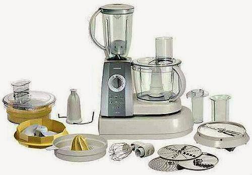 Кухонный комбайн Bosch ProfiKubixx с насадками