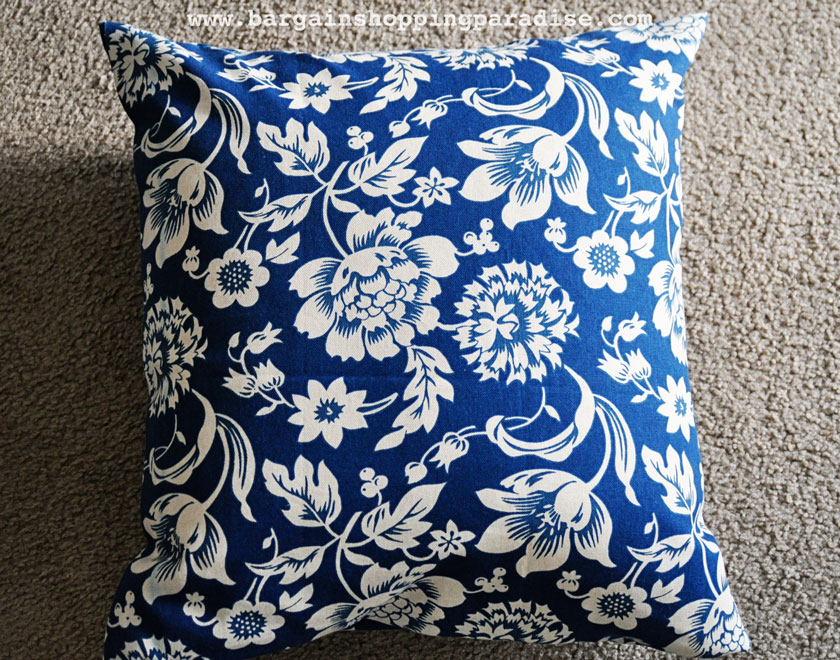 How To Make Removable Throw Pillow Covers With Velcro Closure : Bargain Shopping Paradise: No-Sew Pillow Cover