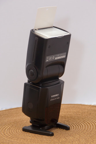 speedlight with reflector board