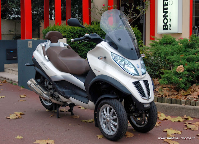 occasion piaggio mp3 500 lt touring business blanc 2012 11500kms vendu saint maur motos. Black Bedroom Furniture Sets. Home Design Ideas