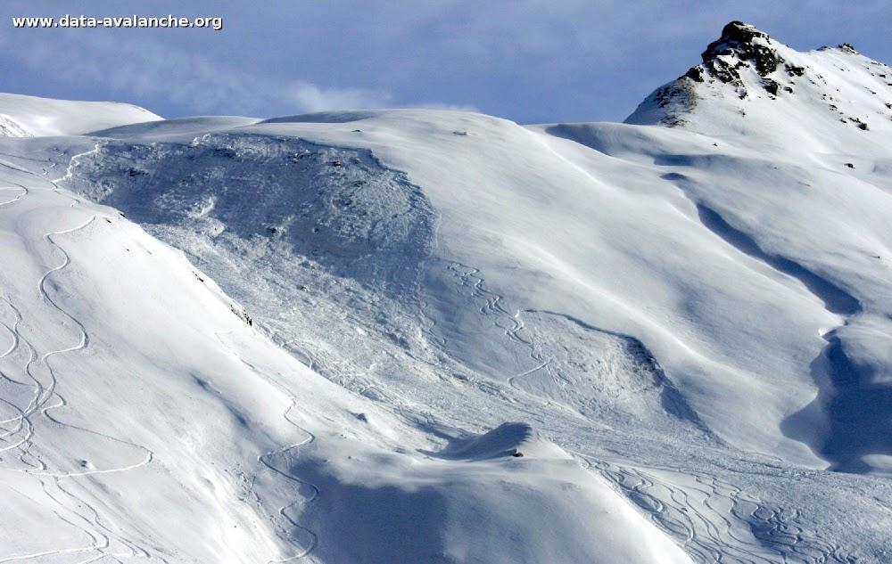 Avalanche Haute Tarentaise, secteur Col de l'Iseran, Combe du Foin, sous le col de la Madeleine - Photo 1
