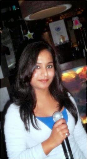 Aisha Ghani  Anchor - Tv Anchor, Anchor Female, Corporate Presenter, Emcee, Event Host, Host, Presenter 70000