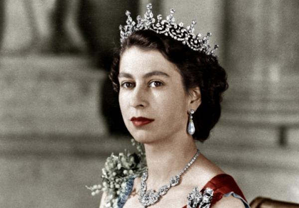 Regina Elisabeta A II-a, La 25 De Ani