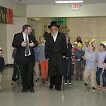 Bostoner Rebbe visits EHA