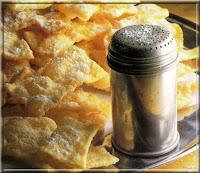 Oreillettes, bugnes et merveilles - recette indexée dans les Desserts