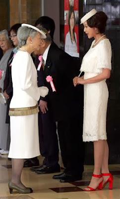 故ダイアナ王妃と比較して批判される藤原紀香さん