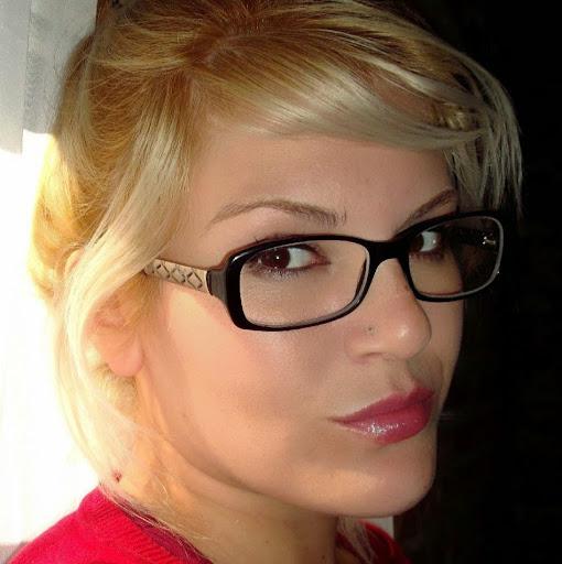 Gina Bravo Photo 18