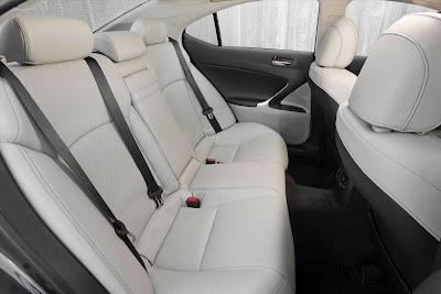 Lexus_IS_350_2011_06_1728x1152