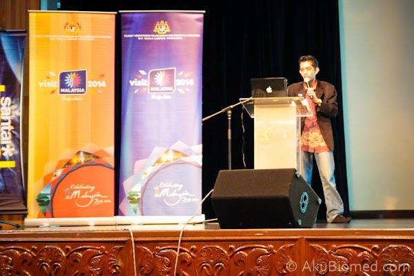 Encik Azlie Halim dari Santai Travel