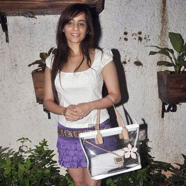Tina Kuwajerwala poses as she arrives for the premiere of Bollywood movie Hate Story 2, held at Super Sunny Sound in Mumbai, on July 17, 2014.(Pic: Viral Bhayani)