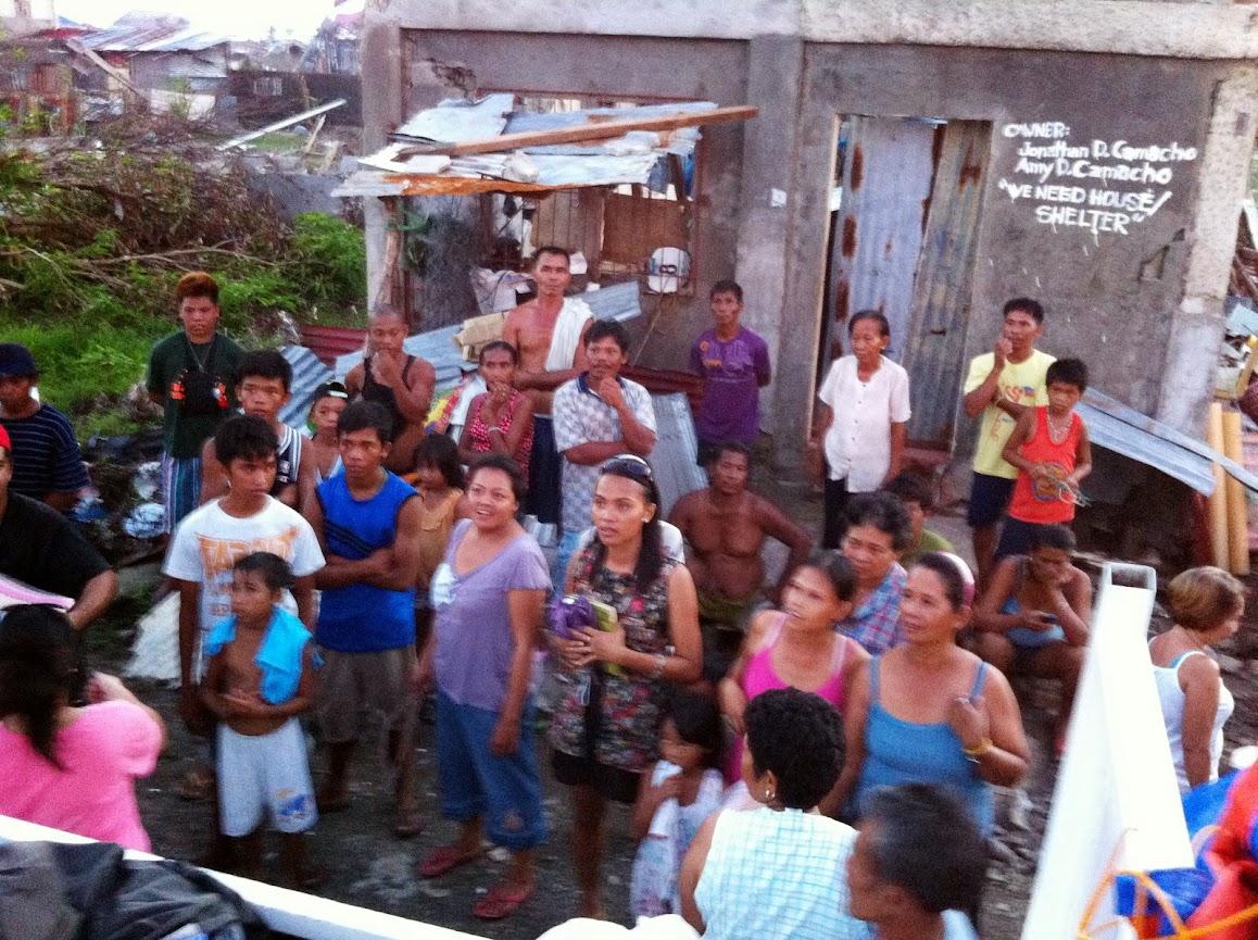 https://lh6.googleusercontent.com/-7YsXTeCU3x4/UtjqxxWzqEI/AAAAAAAADOI/vMAVkJ7AI0Q/w1158-h865-no/san-jose-tacloban-relief-006.jpg