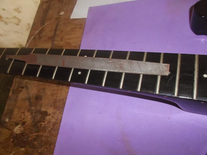 Nivelamento de trastes e reforços da ponte Rickemachado DSCF0579