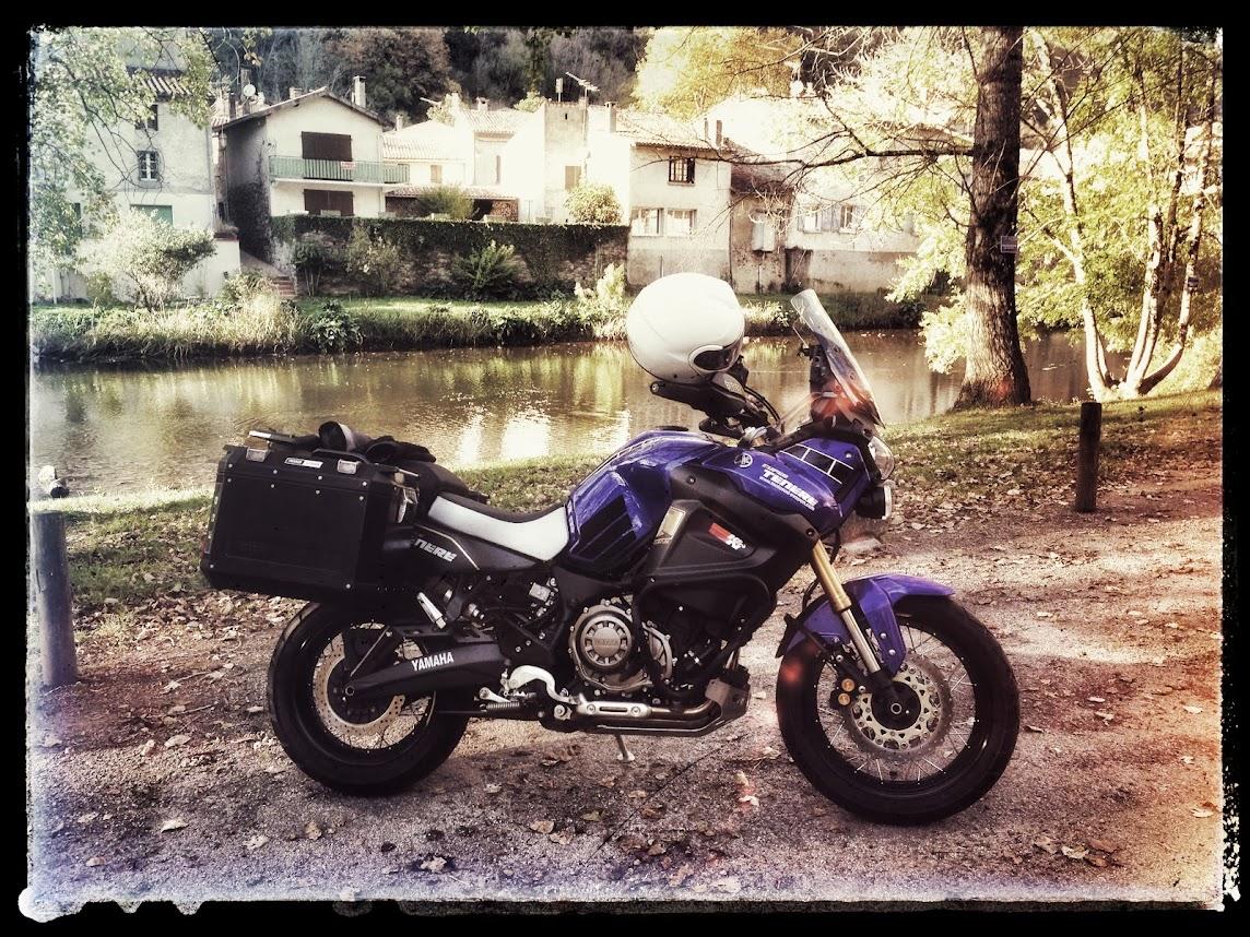 Vos plus belles photos de moto - Page 39 IMG_0216