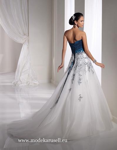 Ihr Wunsch- Hochzeitskleid Brautkleid jetzt günstig online bestellen.