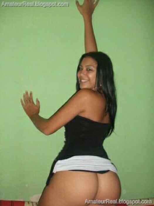 FotosNua.Com latina mostra sua xoxota caliente