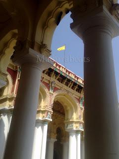 Thirumalai Nayakkar Palace pillars with Flag 2