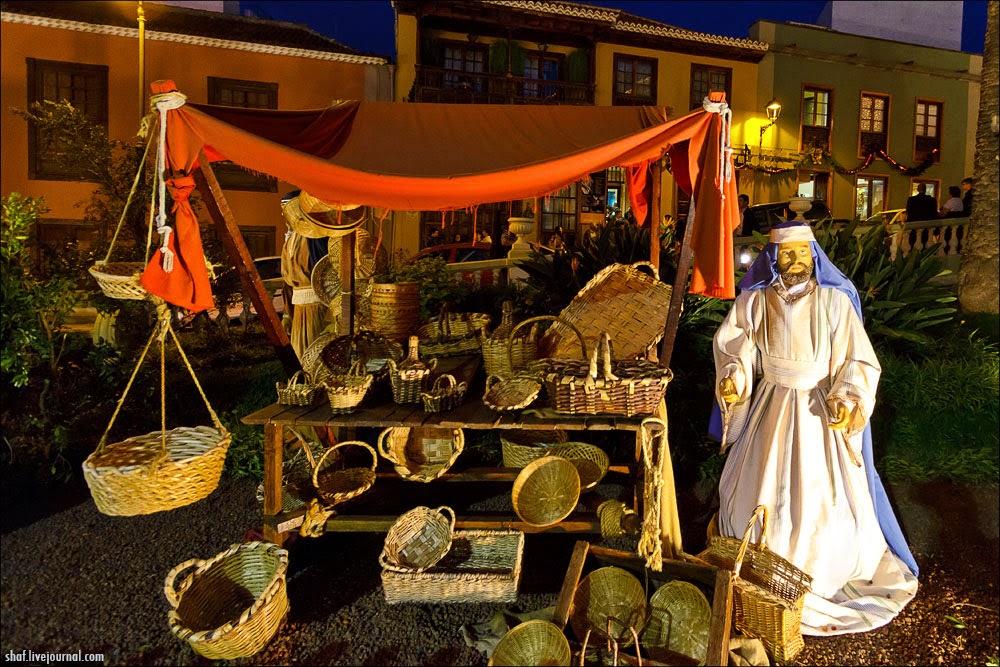 http://lh6.googleusercontent.com/-7iKXnjVZBZA/VII_T3VosII/AAAAAAAALro/IoC-o8L3WbU/s1600/20121219-195033_Tenerife_La_Orotava_Betlem.jpg